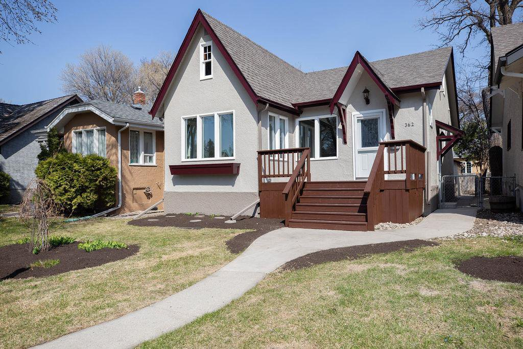 Main Photo: 362 Campbell Street in Winnipeg: Residential for sale (1C)  : MLS®# 202010273