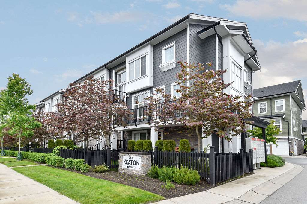"Main Photo: 76 7686 209 Street in Langley: Willoughby Heights Townhouse for sale in ""KEATON"" : MLS®# R2458302"