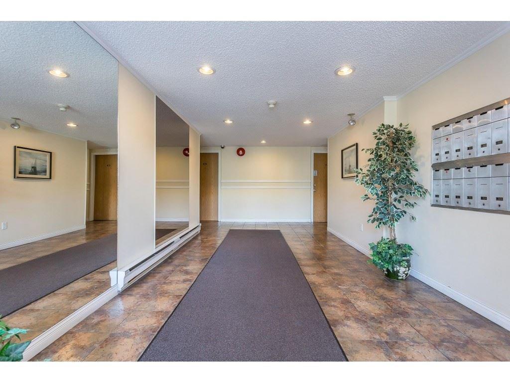 Main Photo: 210 615 NORTH Road in Coquitlam: Coquitlam West Condo for sale : MLS®# R2490960