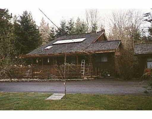 Main Photo: 1084 EMERY RD in Roberts_Creek: Roberts Creek House for sale (Sunshine Coast)  : MLS®# V542225