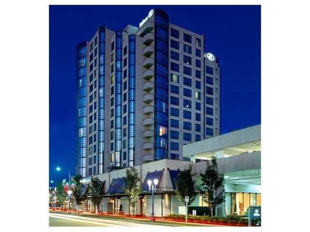 """Main Photo: 1703 5911 MINORU Boulevard in Richmond: Brighouse Condo for sale in """"THE HILTON HOTEL"""" : MLS®# R2402300"""