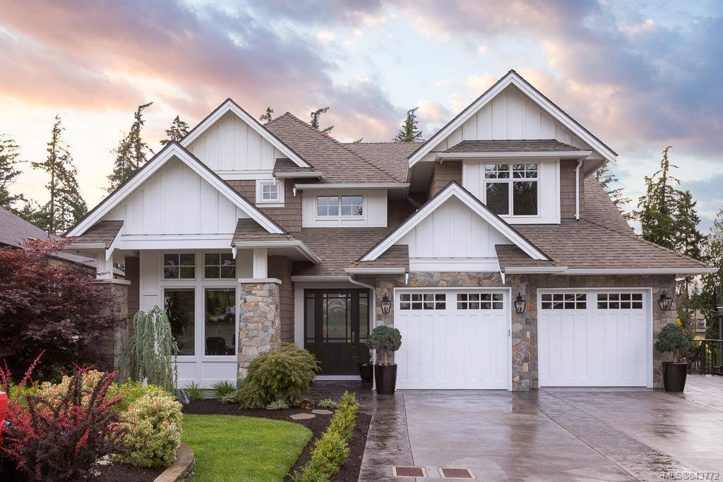 Main Photo: 2160 Champions Way in Langford: La Bear Mountain Single Family Detached for sale : MLS®# 843772