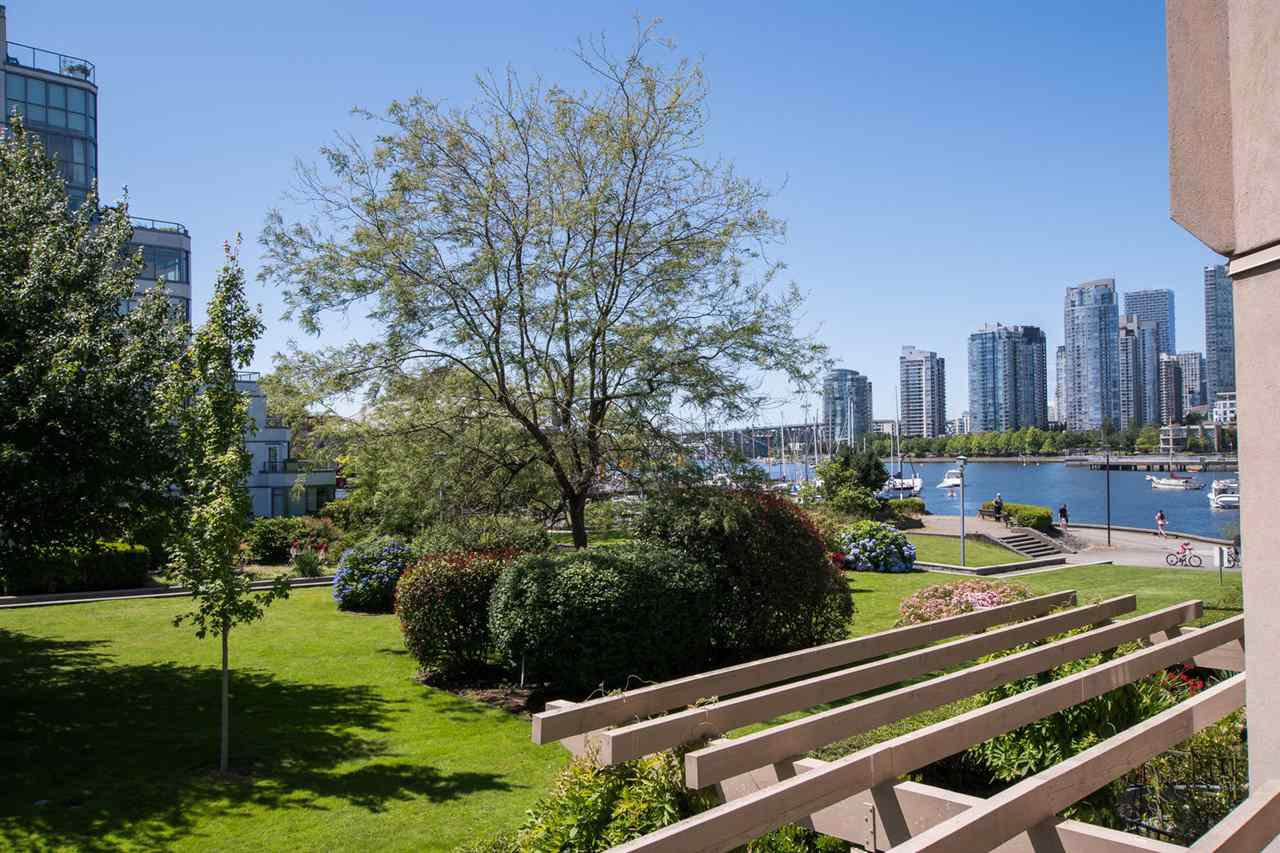 "Photo 1: Photos: 213 525 WHEELHOUSE Square in Vancouver: False Creek Condo for sale in ""Henley Court"" (Vancouver West)  : MLS®# R2510479"