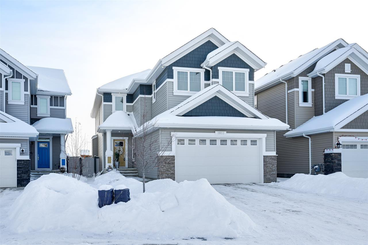 Main Photo: 1911 77 Street in Edmonton: Zone 53 House for sale : MLS®# E4188108
