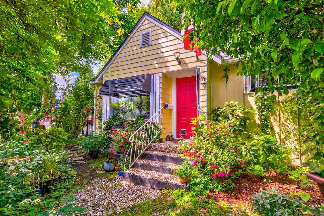 Main Photo: 20623 114 Avenue in Maple Ridge: Southwest Maple Ridge House for sale : MLS®# R2465656
