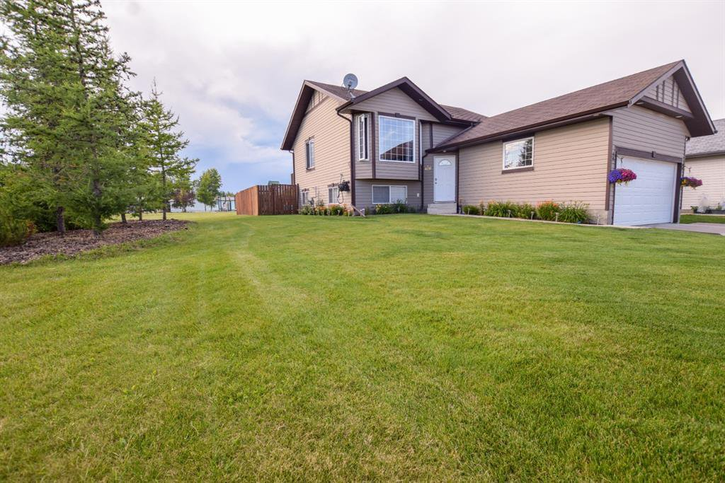 Main Photo: 4410 SE 58 Street Close in Rocky Mountain House: Creekside Residential for sale : MLS®# A1018124