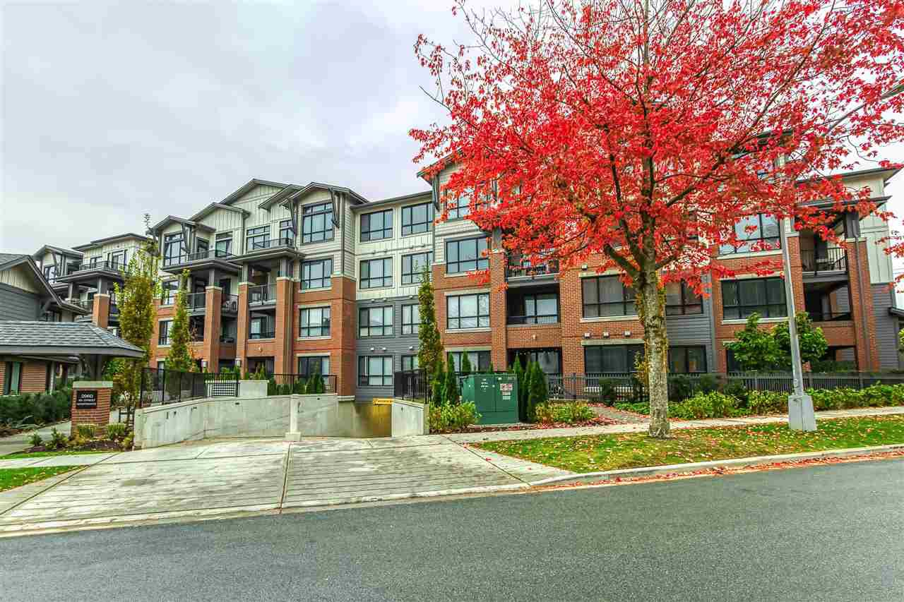 "Main Photo: 105 2960 151 STREET Street in Surrey: King George Corridor Condo for sale in ""SOUTH POINT WALK"" (South Surrey White Rock)  : MLS®# R2512645"
