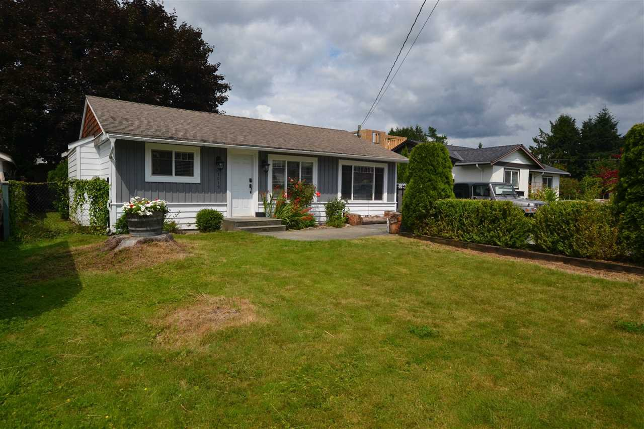 Main Photo: 23039 117TH Avenue in Maple Ridge: East Central House for sale : MLS®# R2390823