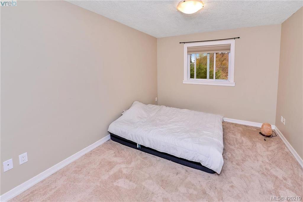 Photo 11: Photos: 108 6800 W Grant Rd in SOOKE: Sk Sooke Vill Core Single Family Detached for sale (Sooke)  : MLS®# 831690