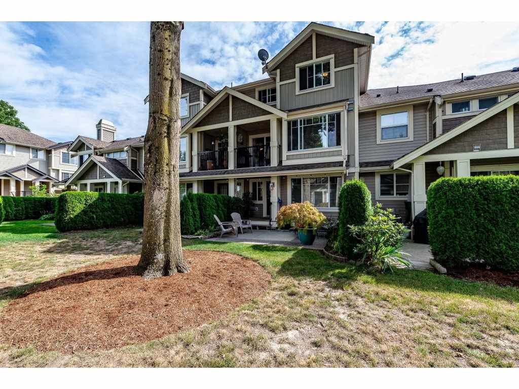Main Photo: 34 45550 SHAWNIGAN Crescent in Chilliwack: Vedder S Watson-Promontory Townhouse for sale (Sardis)  : MLS®# R2398711