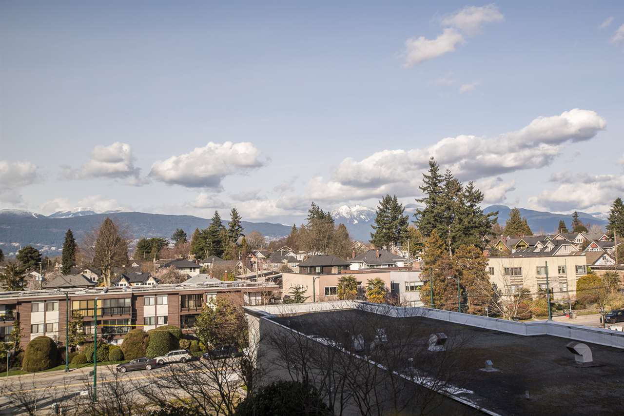 """Main Photo: 505 2020 HIGHBURY Street in Vancouver: Point Grey Condo for sale in """"HIGHBURY TOWER"""" (Vancouver West)  : MLS®# R2483303"""