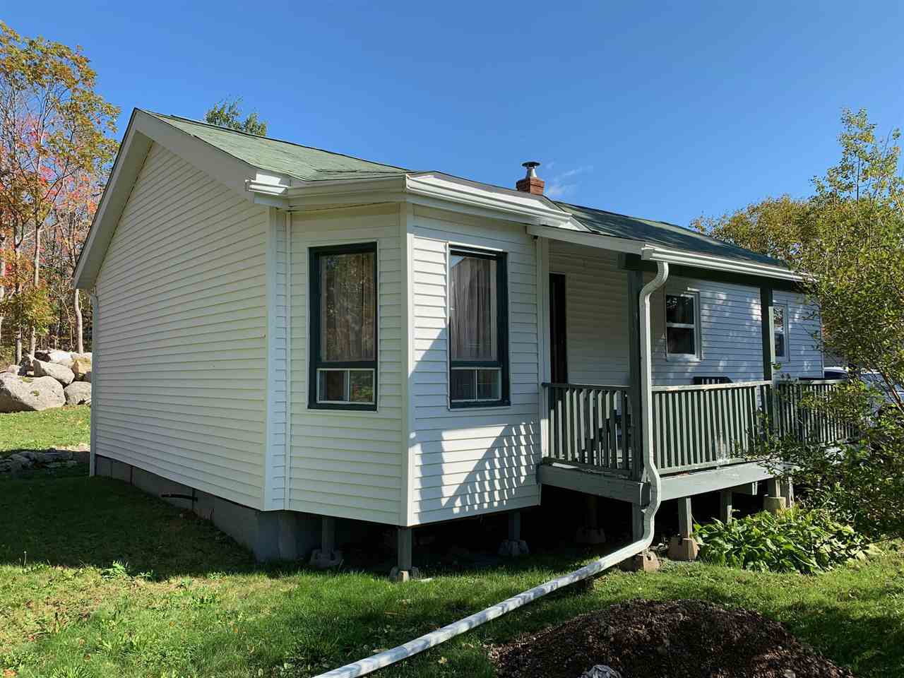 Main Photo: 2883 St. Margaret's Bay Road in Timberlea: 40-Timberlea, Prospect, St. Margaret`S Bay Residential for sale (Halifax-Dartmouth)  : MLS®# 202021038
