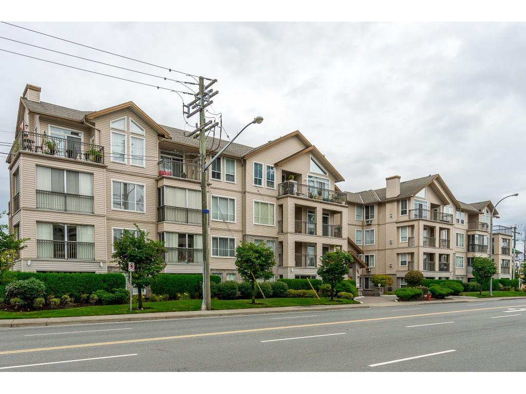 "Main Photo: 303 2772 CLEARBROOK Road in Abbotsford: Abbotsford West Condo for sale in ""Brookhollow Estates"" : MLS®# R2404491"