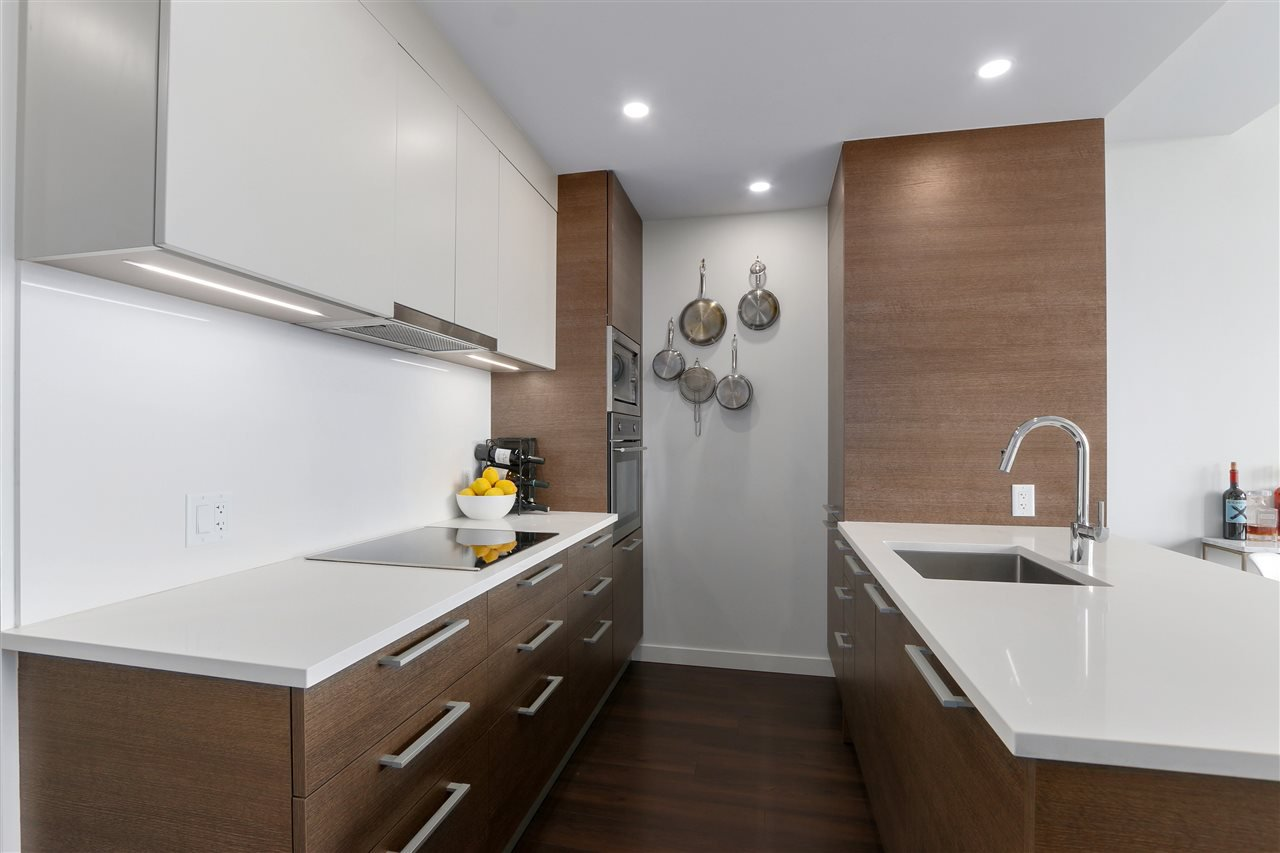 "Photo 8: Photos: 609 2508 WATSON Street in Vancouver: Mount Pleasant VE Condo for sale in ""THE INDEPENDENT"" (Vancouver East)  : MLS®# R2462704"