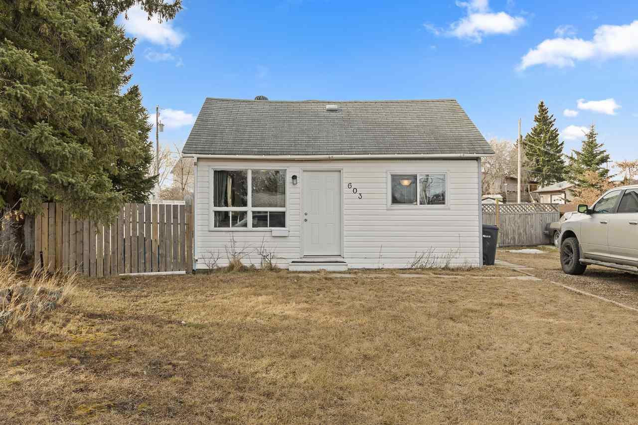 Main Photo: 603 16 Avenue: Cold Lake House for sale : MLS®# E4200995