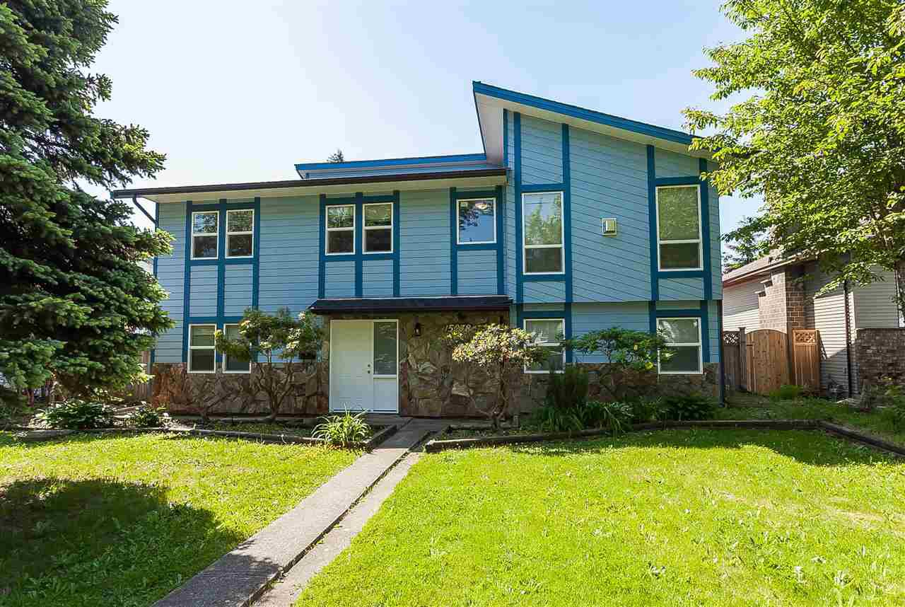 Main Photo: 15278 84A Avenue in Surrey: Fleetwood Tynehead House for sale : MLS®# R2392421