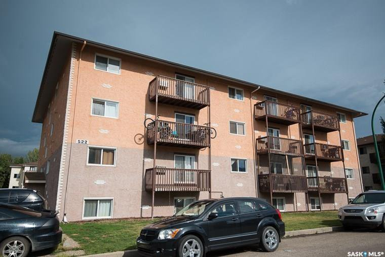 Main Photo: 101 522 X Avenue South in Saskatoon: Meadowgreen Residential for sale : MLS®# SK808690