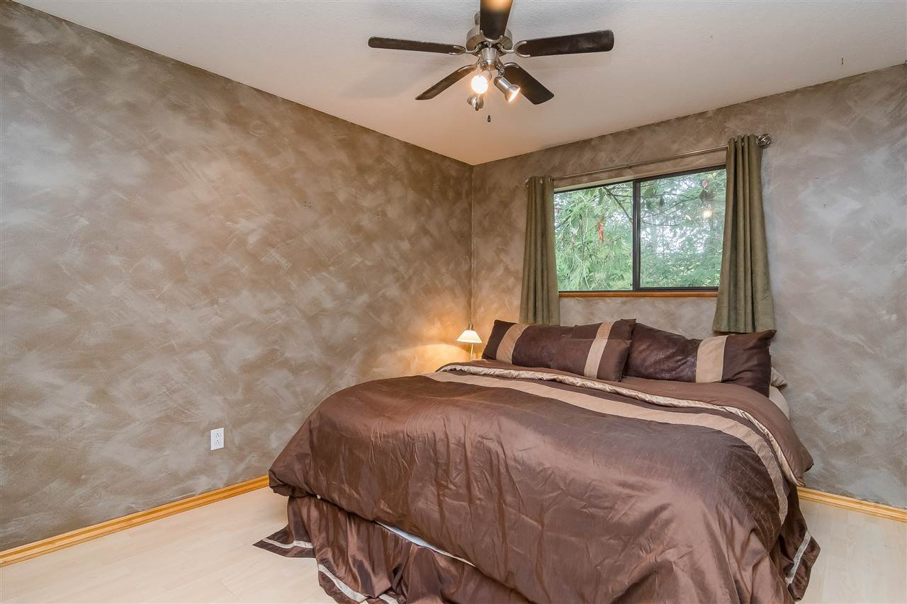Photo 14: Photos: 9699 155 Street in Surrey: Guildford House for sale (North Surrey)  : MLS®# R2406318