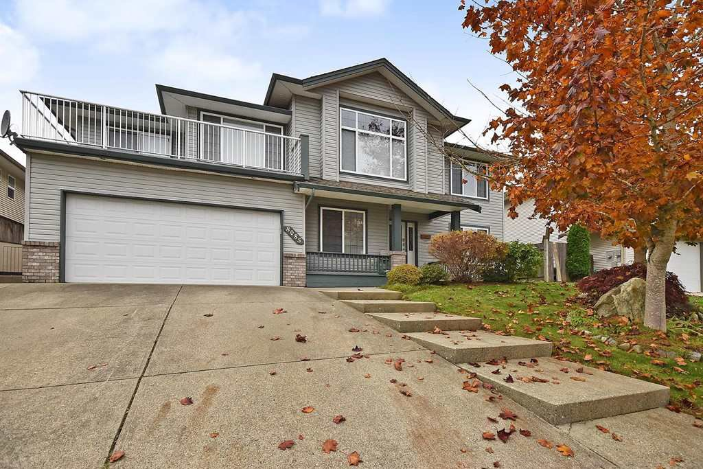 Main Photo: 8085 TOPPER Drive in Mission: Mission BC House for sale : MLS®# R2417124