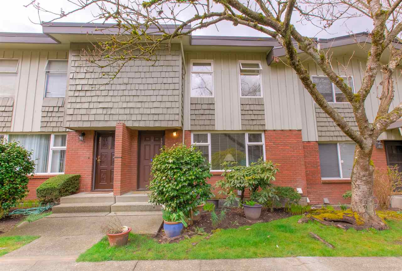 """Main Photo: 123 9061 HORNE Street in Burnaby: Government Road Townhouse for sale in """"BRAEMAR GARDEN"""" (Burnaby North)  : MLS®# R2447617"""