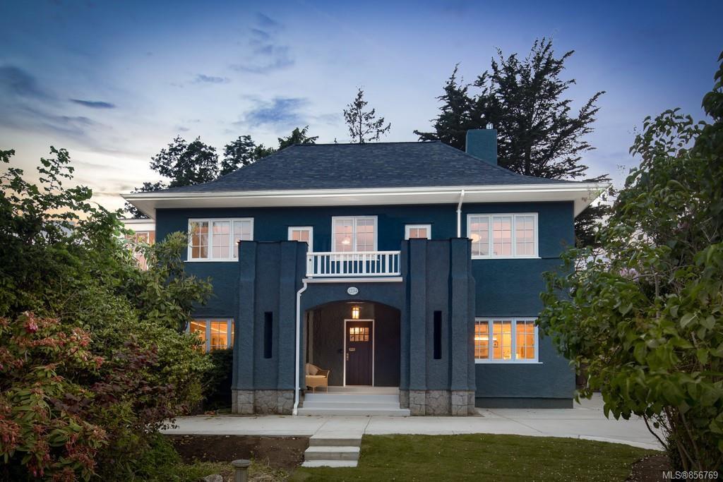 Main Photo: 1234 Transit Rd in : OB South Oak Bay House for sale (Oak Bay)  : MLS®# 856769