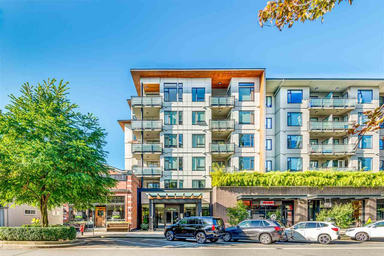 Main Photo: 403 123 W 1ST STREET in North Vancouver: Lower Lonsdale Condo for sale : MLS®# R2505967