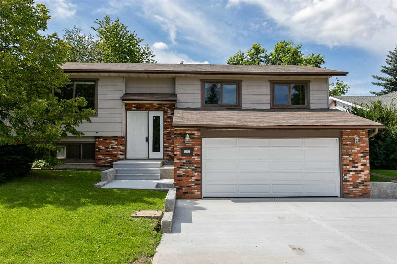 Main Photo: 37 WOODLANDS Road: St. Albert House for sale : MLS®# E4168782