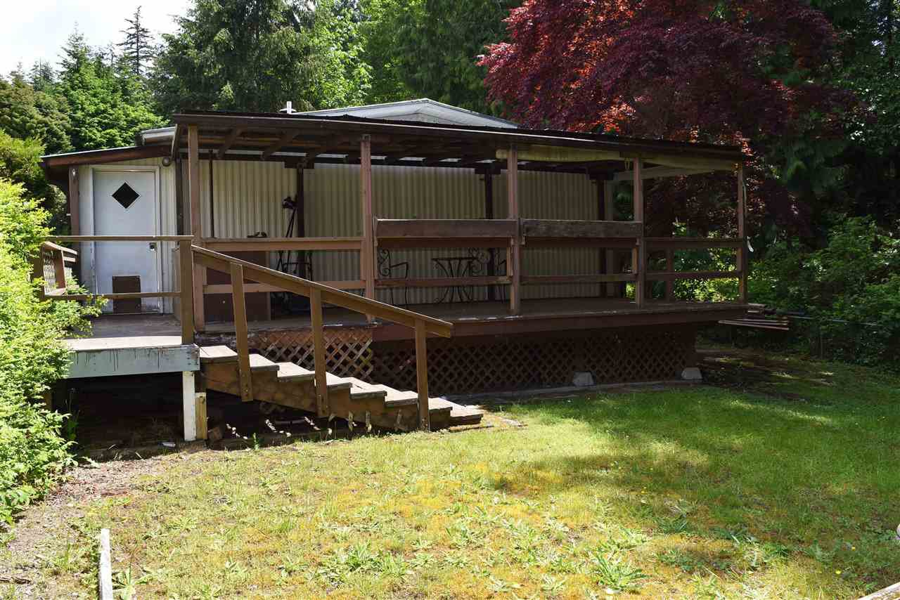 Photo 23: Photos: 33 1123 FLUME Road: Roberts Creek Manufactured Home for sale (Sunshine Coast)  : MLS®# R2462027