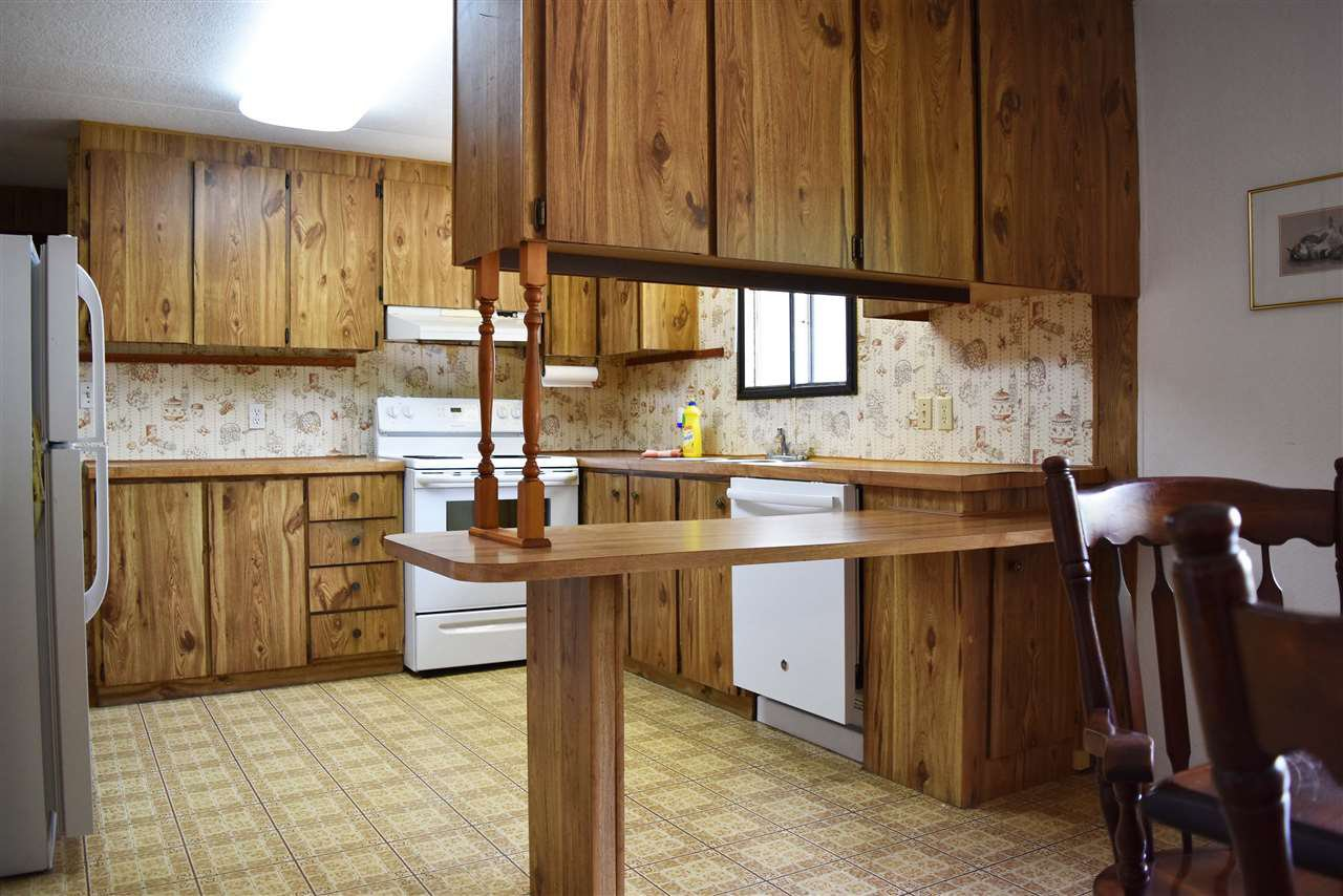 Photo 7: Photos: 33 1123 FLUME Road: Roberts Creek Manufactured Home for sale (Sunshine Coast)  : MLS®# R2462027