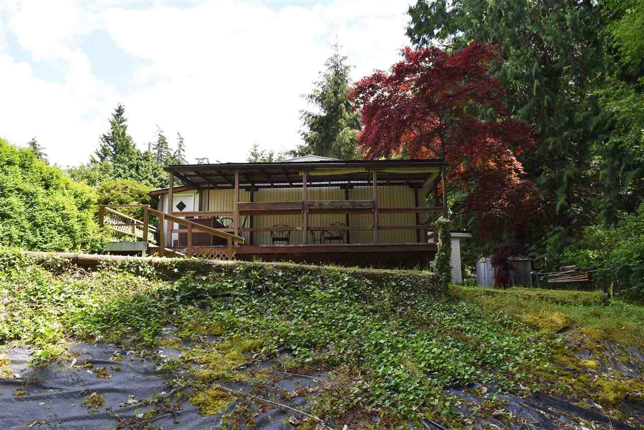 Photo 24: Photos: 33 1123 FLUME Road: Roberts Creek Manufactured Home for sale (Sunshine Coast)  : MLS®# R2462027