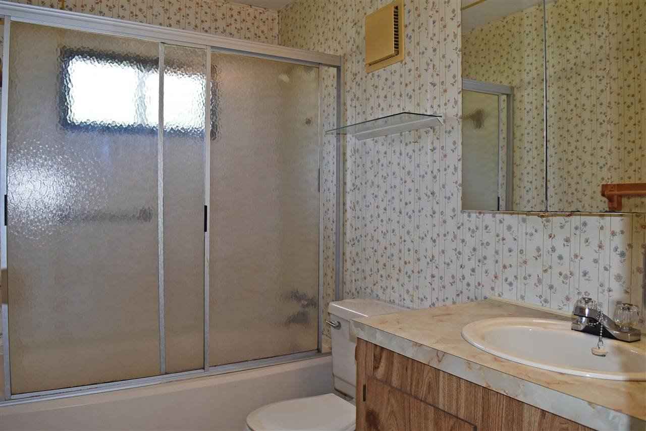 Photo 11: Photos: 33 1123 FLUME Road: Roberts Creek Manufactured Home for sale (Sunshine Coast)  : MLS®# R2462027
