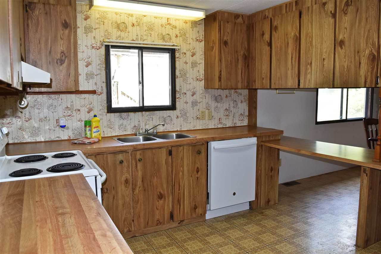 Photo 6: Photos: 33 1123 FLUME Road: Roberts Creek Manufactured Home for sale (Sunshine Coast)  : MLS®# R2462027