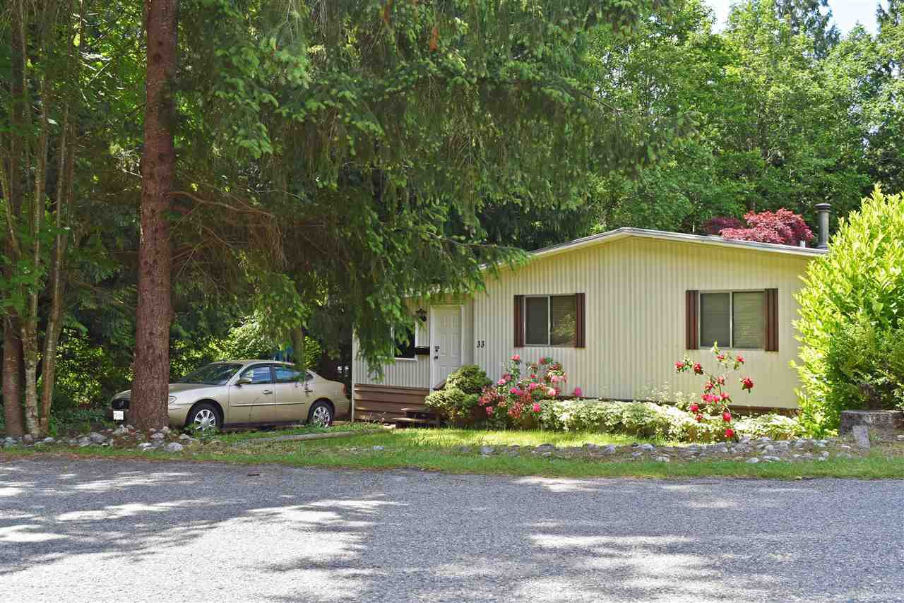 Photo 1: Photos: 33 1123 FLUME Road: Roberts Creek Manufactured Home for sale (Sunshine Coast)  : MLS®# R2462027