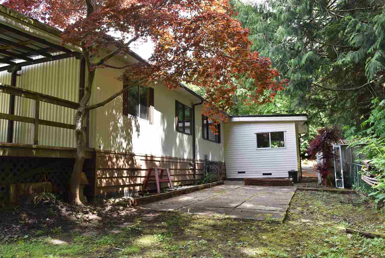 Photo 27: Photos: 33 1123 FLUME Road: Roberts Creek Manufactured Home for sale (Sunshine Coast)  : MLS®# R2462027