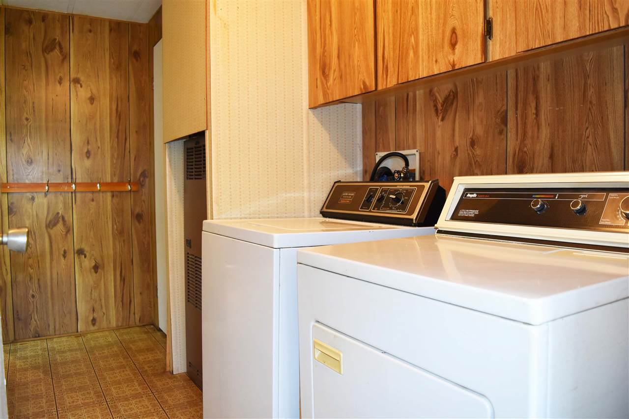 Photo 19: Photos: 33 1123 FLUME Road: Roberts Creek Manufactured Home for sale (Sunshine Coast)  : MLS®# R2462027