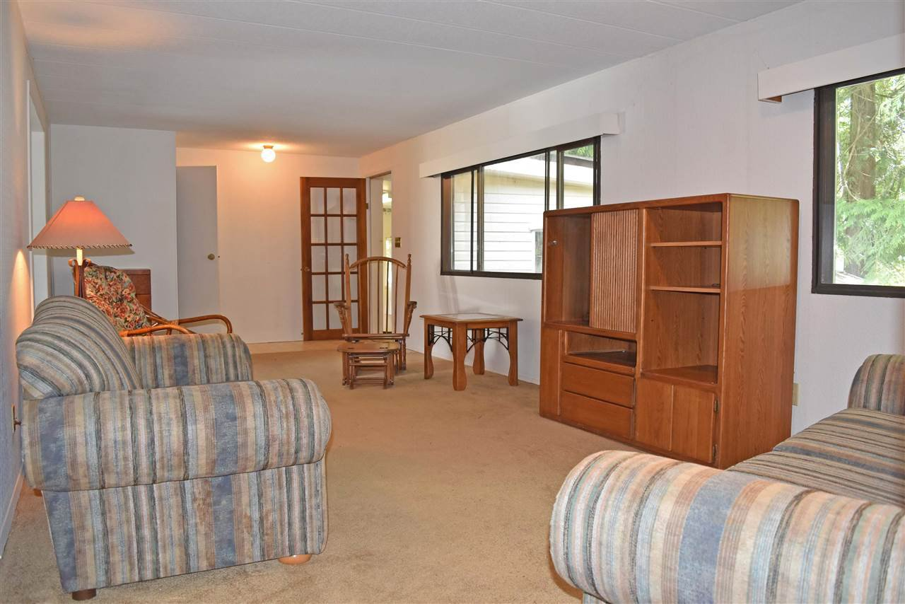 Photo 2: Photos: 33 1123 FLUME Road: Roberts Creek Manufactured Home for sale (Sunshine Coast)  : MLS®# R2462027
