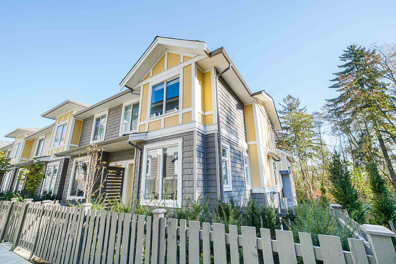 """Main Photo: 24 9688 162A Street in Surrey: Fleetwood Tynehead Townhouse for sale in """"CANOPY LIVING"""" : MLS®# R2513628"""