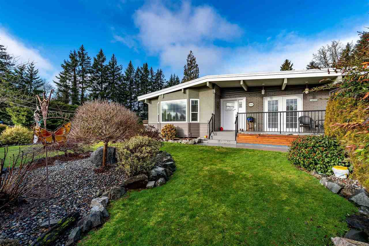 Main Photo: 34685 OLD CLAYBURN Road in Abbotsford: Abbotsford East House for sale : MLS®# R2433101