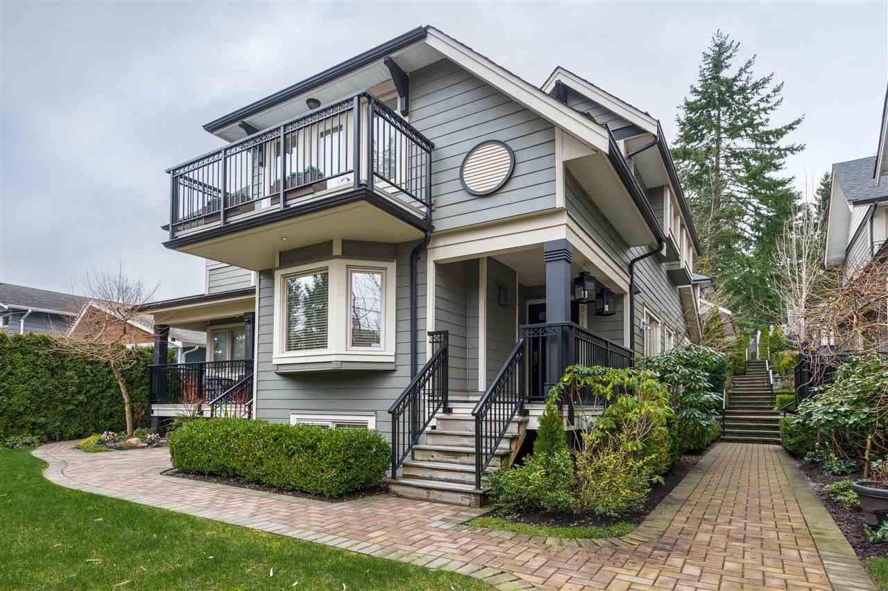 "Main Photo: 3117 SUNNYHURST Road in North Vancouver: Lynn Valley Townhouse for sale in ""Eagle Lynn"" : MLS®# R2441350"