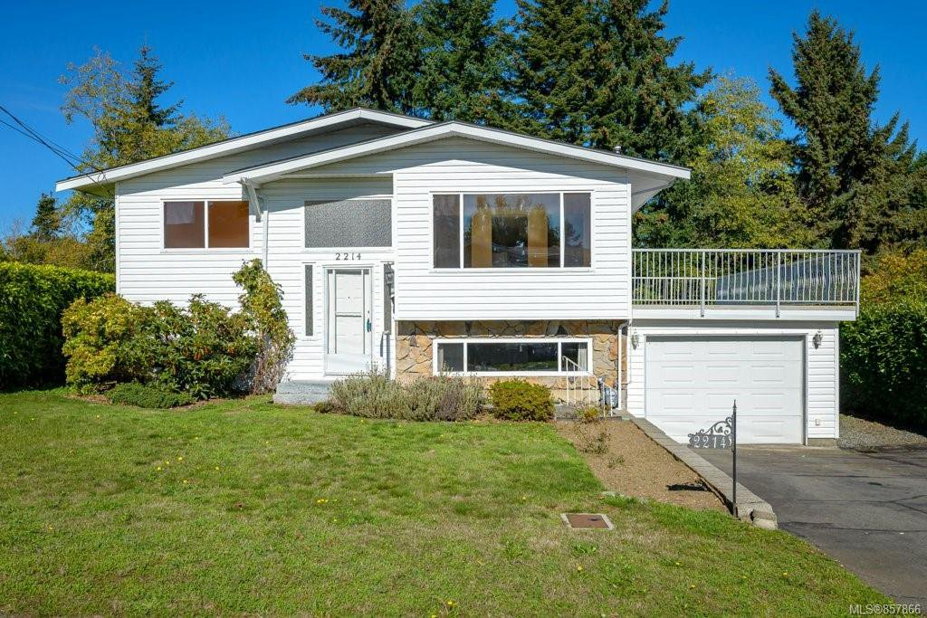 Main Photo: 2214 Gull Ave in : CV Comox (Town of) House for sale (Comox Valley)  : MLS®# 857866