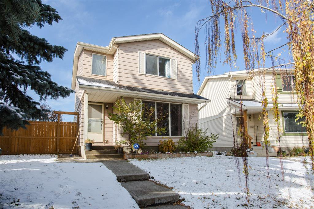 Main Photo: 23 Erin Woods Place SE in Calgary: Erin Woods Detached for sale : MLS®# A1043975