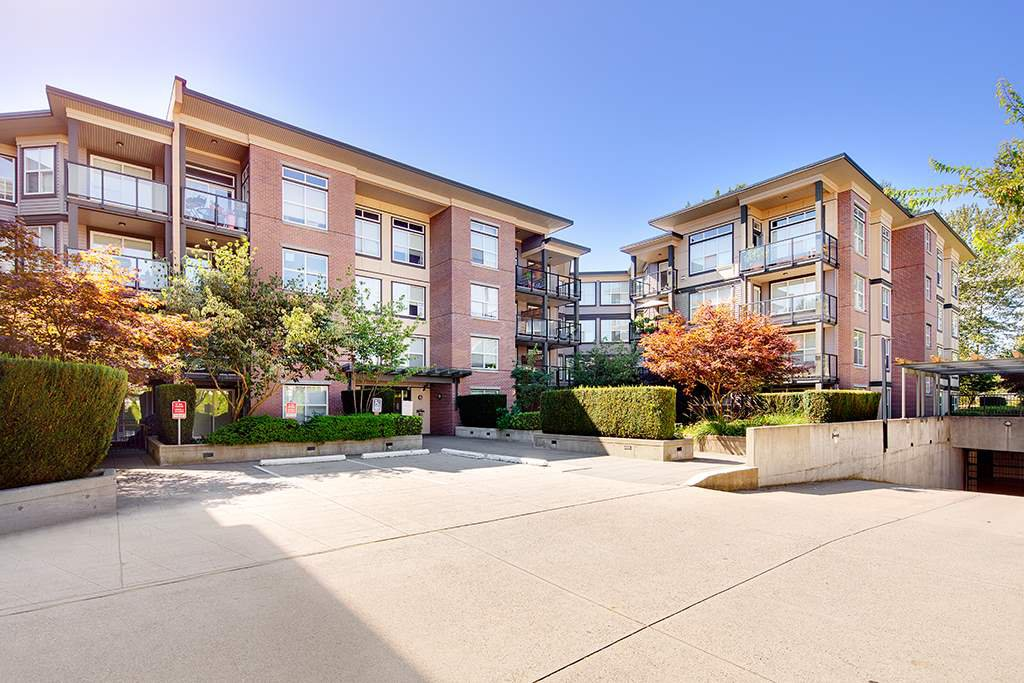 "Main Photo: 322 10707 139 Street in Surrey: Whalley Condo for sale in ""AURA II"" (North Surrey)  : MLS®# R2401299"