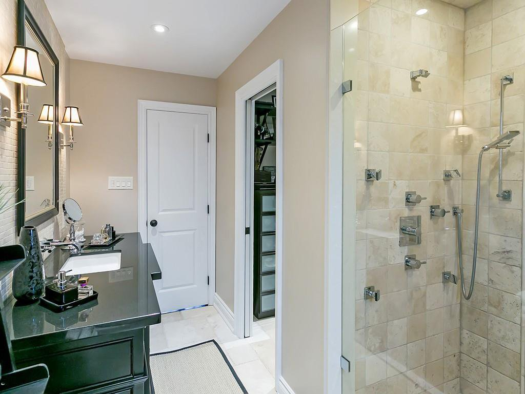 Photo 18: Photos: 2140 SIXTH Line in Oakville: Residential for sale : MLS®# H4068509