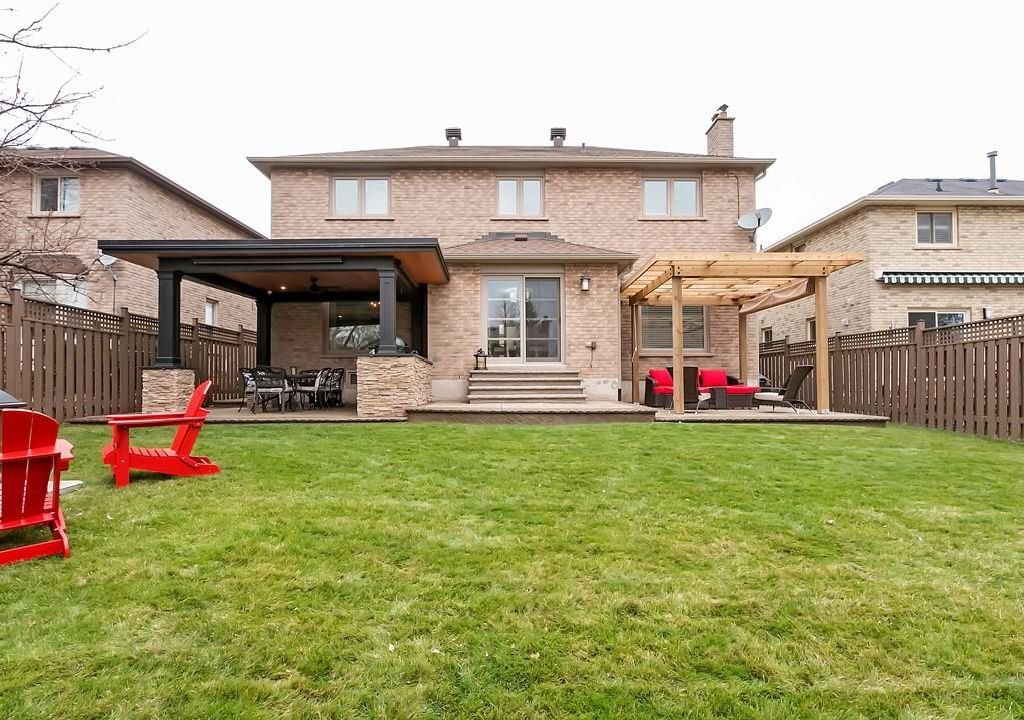 Photo 30: Photos: 2140 SIXTH Line in Oakville: Residential for sale : MLS®# H4068509