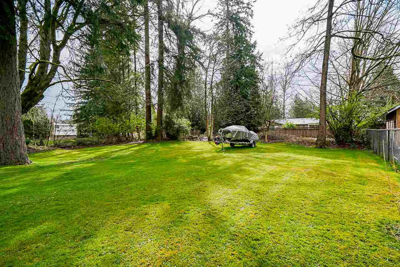 Photo 7: Photos: 19980 50 Avenue in Langley: Langley City House for sale : MLS®# R2449479