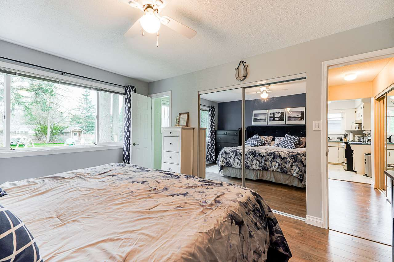Photo 15: Photos: 19980 50 Avenue in Langley: Langley City House for sale : MLS®# R2449479