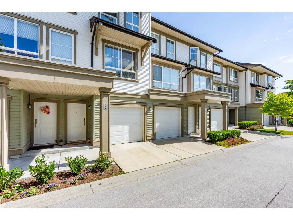 "Main Photo: 22 19505 68A Avenue in Surrey: Clayton Townhouse for sale in ""Clayton Rise"" (Cloverdale)  : MLS®# R2484937"