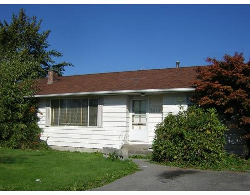 Main Photo: 10171 WILLIAMS RD in Richmond: 80 McNair House for sale (RI Richmond)  : MLS®# V613714