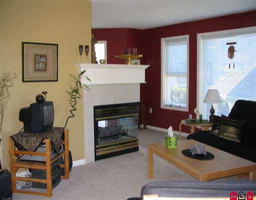 """Main Photo: 201 17727 58TH AV in Surrey: Cloverdale BC Condo for sale in """"Shannon Gate"""" (Cloverdale)  : MLS®# F2517861"""