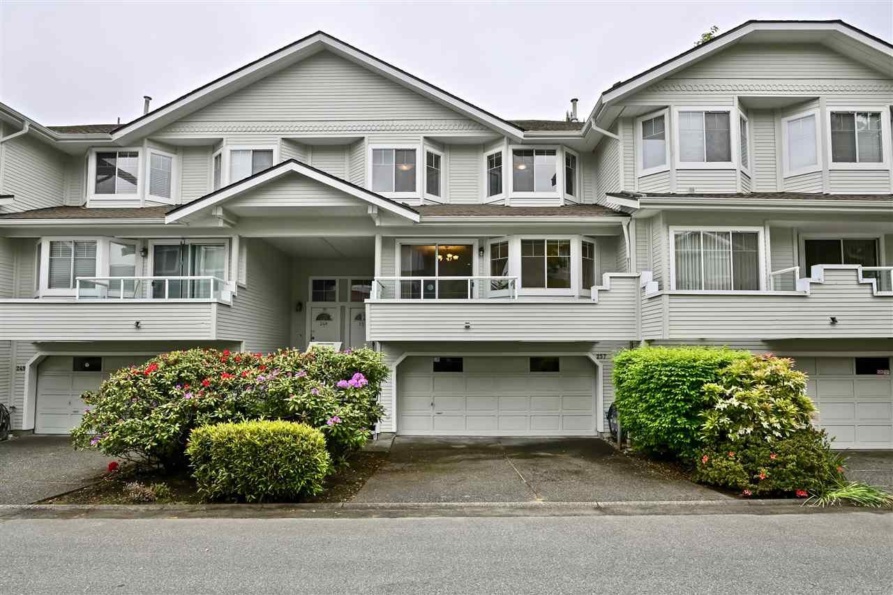"Main Photo: 257 WATERLEIGH Drive in Vancouver: Marpole Townhouse for sale in ""SPRINGS AT LANGARA"" (Vancouver West)  : MLS®# R2457587"